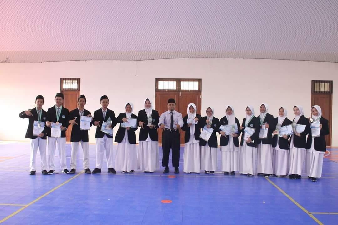 Prestasi SMA Islam Al Azhar 7 Solo Baru di OSA & UKA 2019